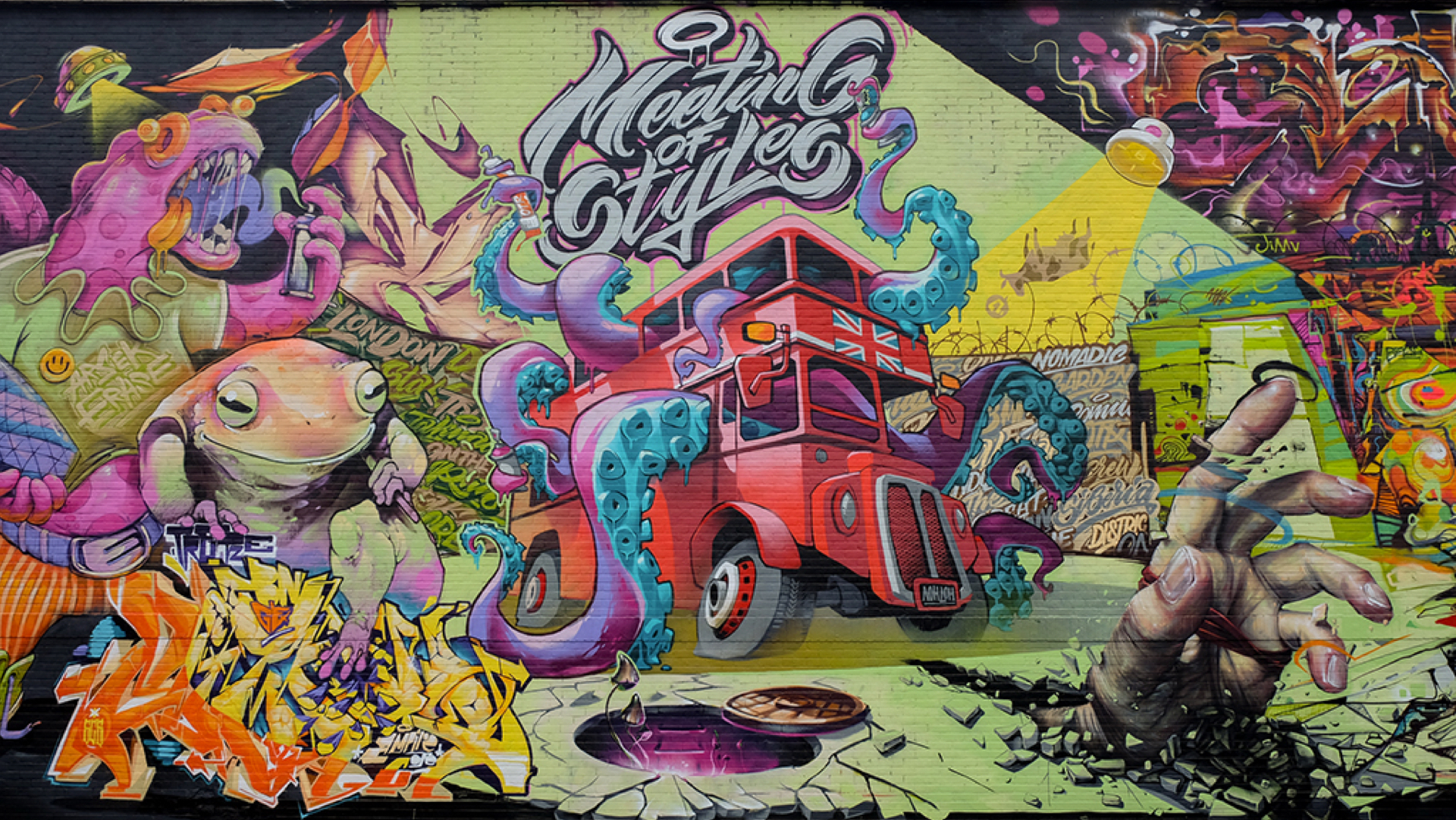Mezzo - Meeting of Styles (London) bus with tentacles