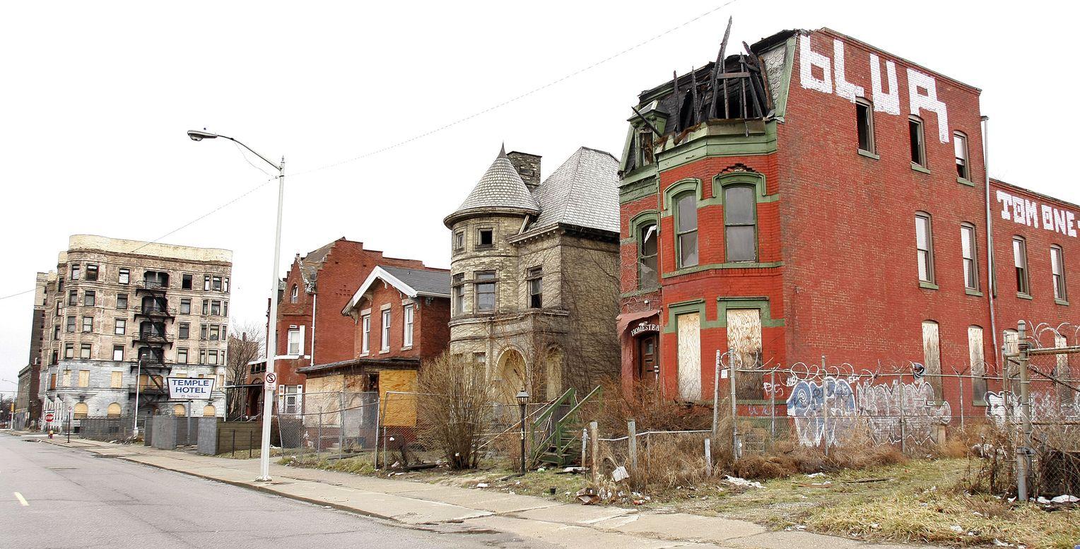 Detroit's abandoned streets