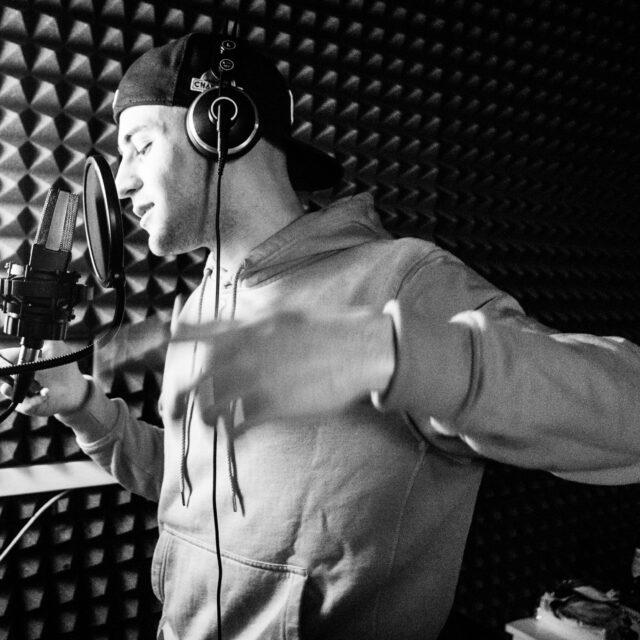 Intervista rapper Armani Doc - MRGRA - Alta Moda